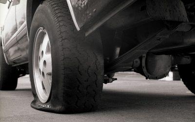 Pericol pe autostrada: Cum sa procedati in cazul unei explozii sau pene de cauciuc pe A2